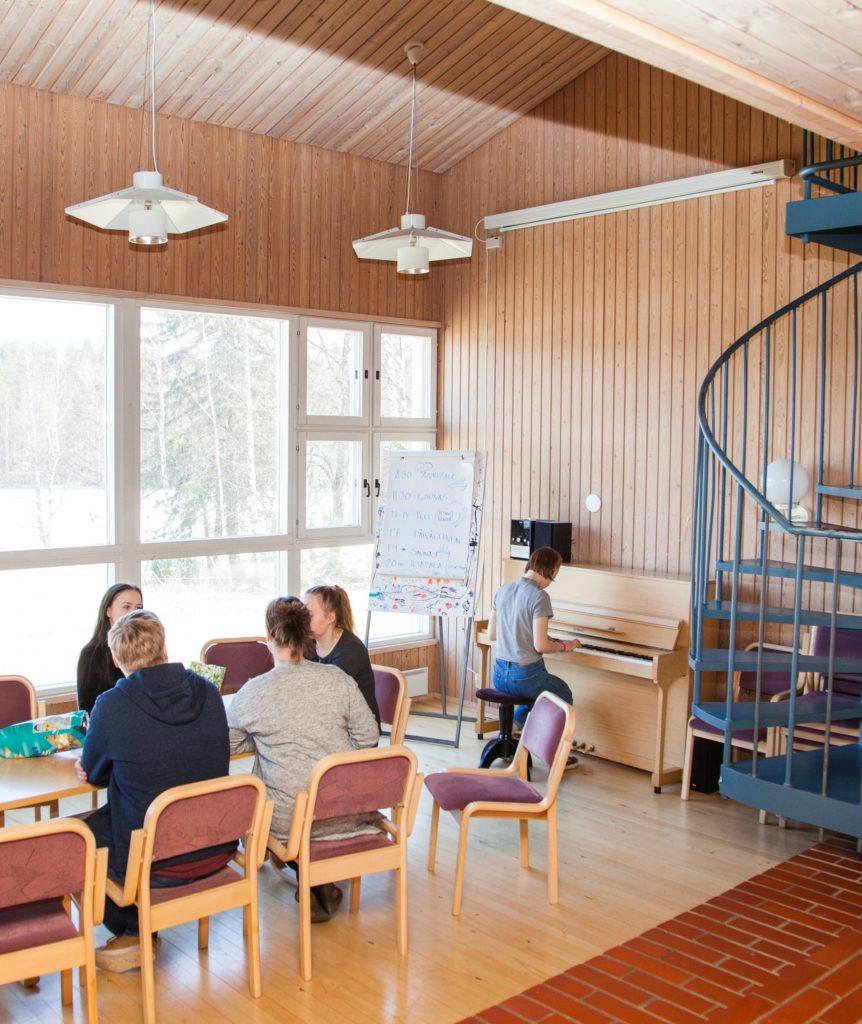 Kokouspalvelut Rautalammilla Törmälän Marjatan pirtissä
